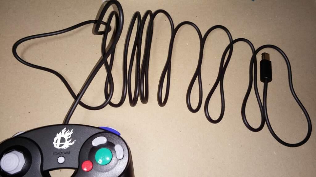 controller-wii-u-nintendo-gc-gamecube-smashbros-6