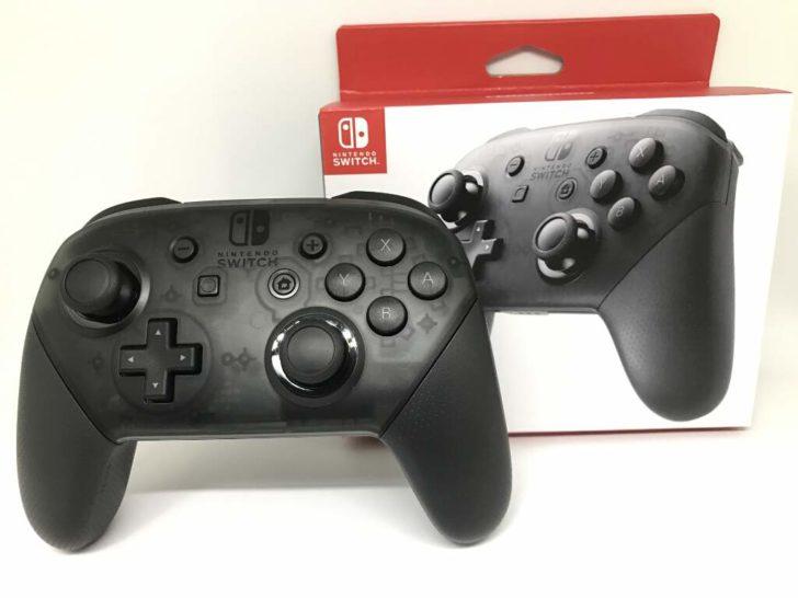 『Nintendo Switch Proコントローラー』とその箱